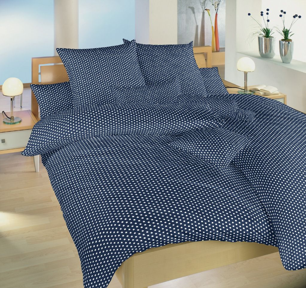 Motív hviezd na kvalitnom bavlnenom posteľných obliečkach Hviezdička biela na tmavo modrom, Dadka