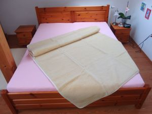 Vlnená deka 150 x 200 cm biela - európske merino